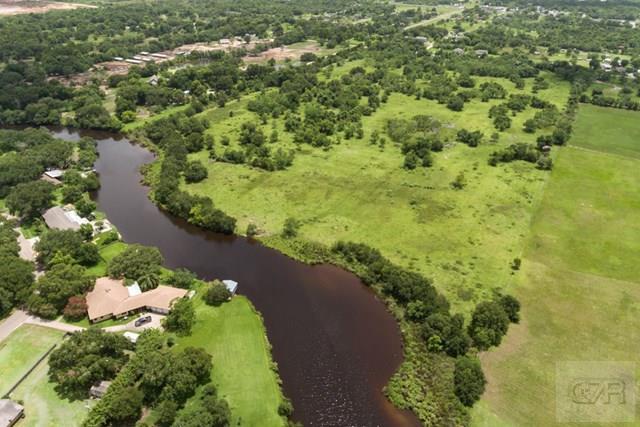 6100 Terrebonne, Hitchcock, TX 77563