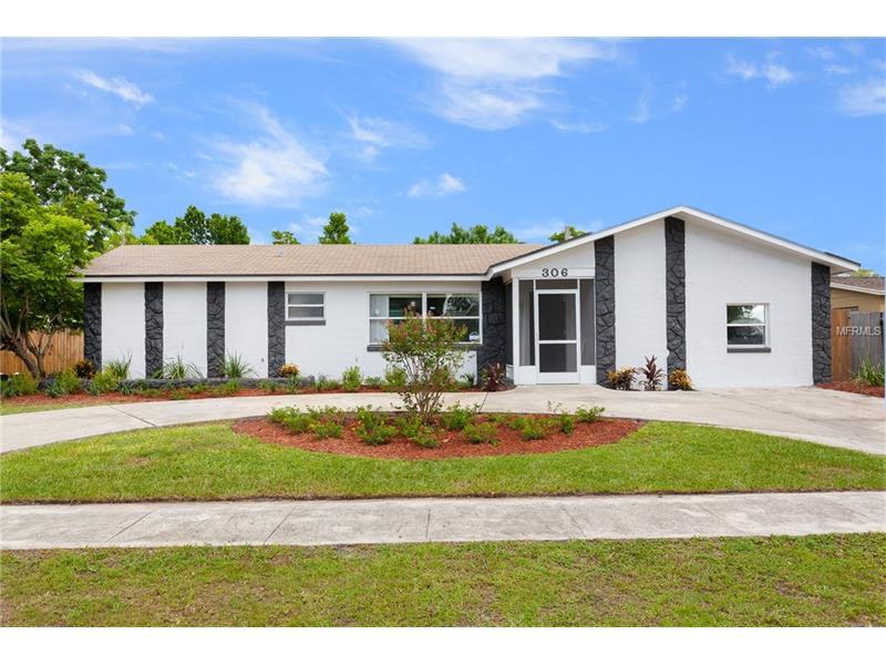 306 LOCHMOND DRIVE, FERN PARK, FL 32730