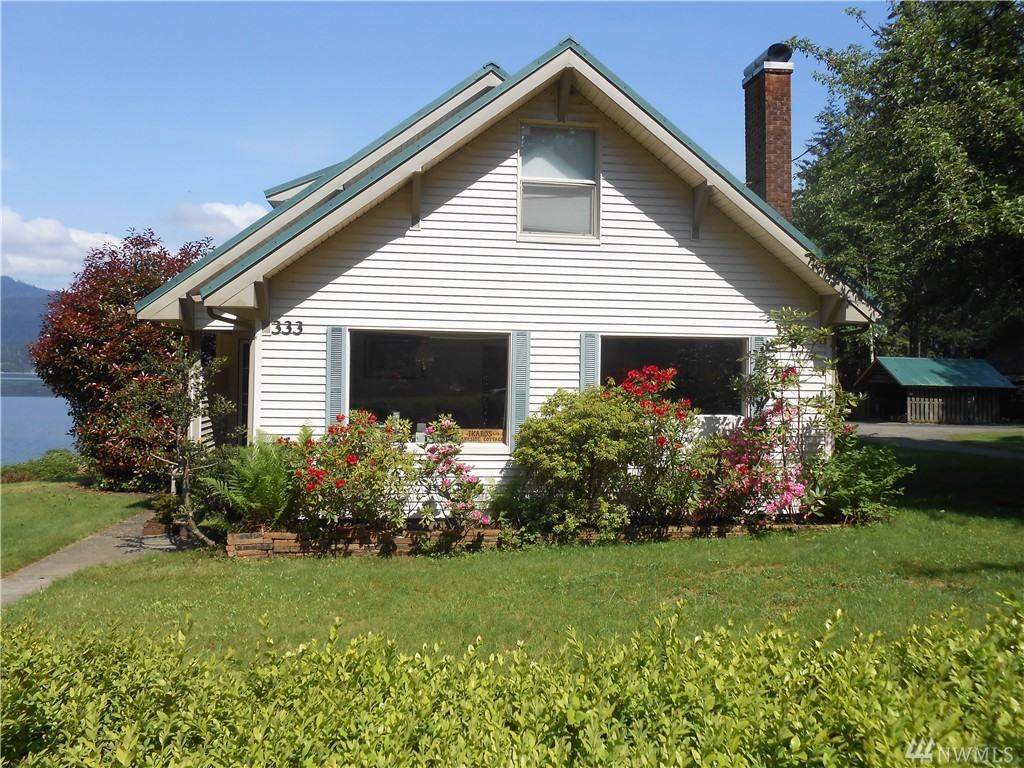 333 South Shore Rd, Quinault, WA 98575
