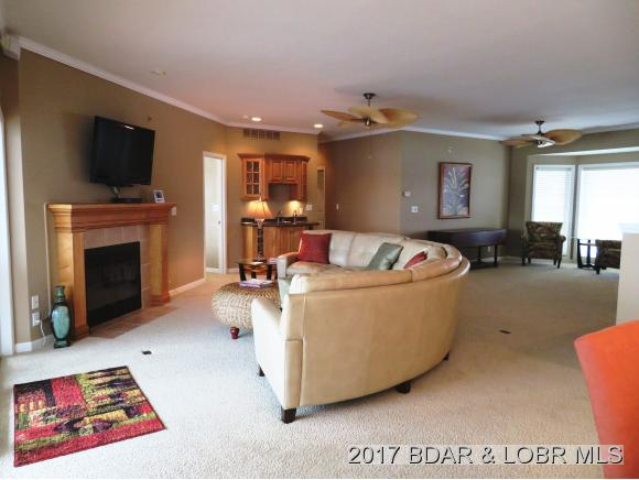 468 Regatta Bay Drive 4A, Lake Ozark, MO 65049