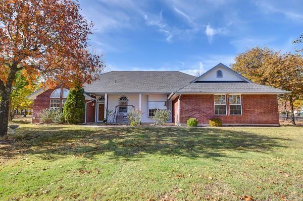 17667 White Oak Road, Choctaw, OK 73020