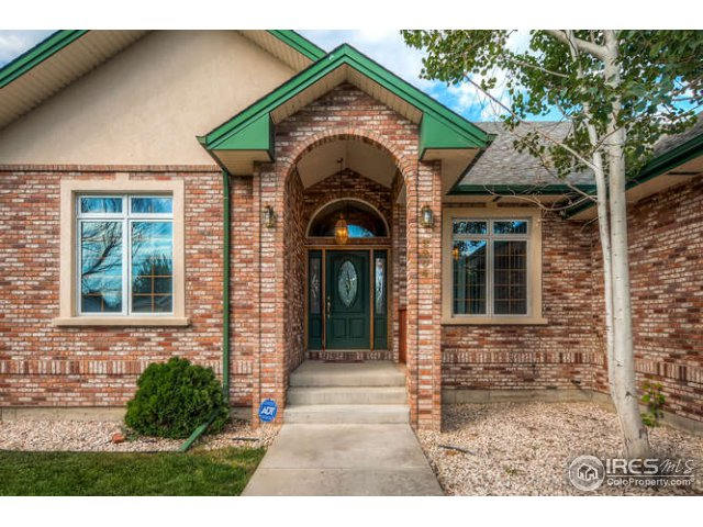 2204 Breckenridge Dr, Berthoud, CO 80513