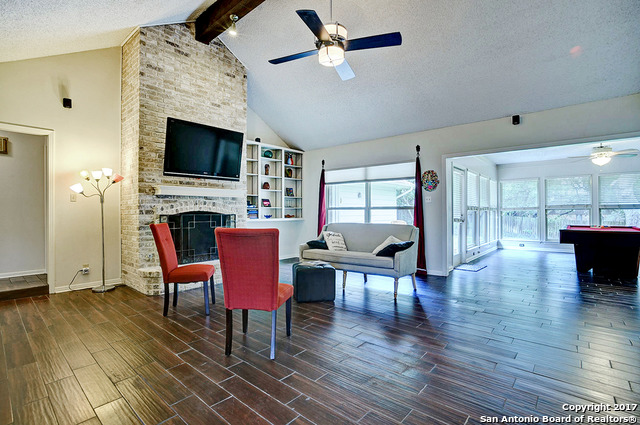 307 Whisper Wood Ln, San Antonio, TX 78216