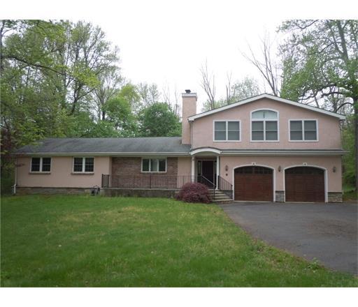 8 Greenshadows Lane, Princeton, NJ 08540