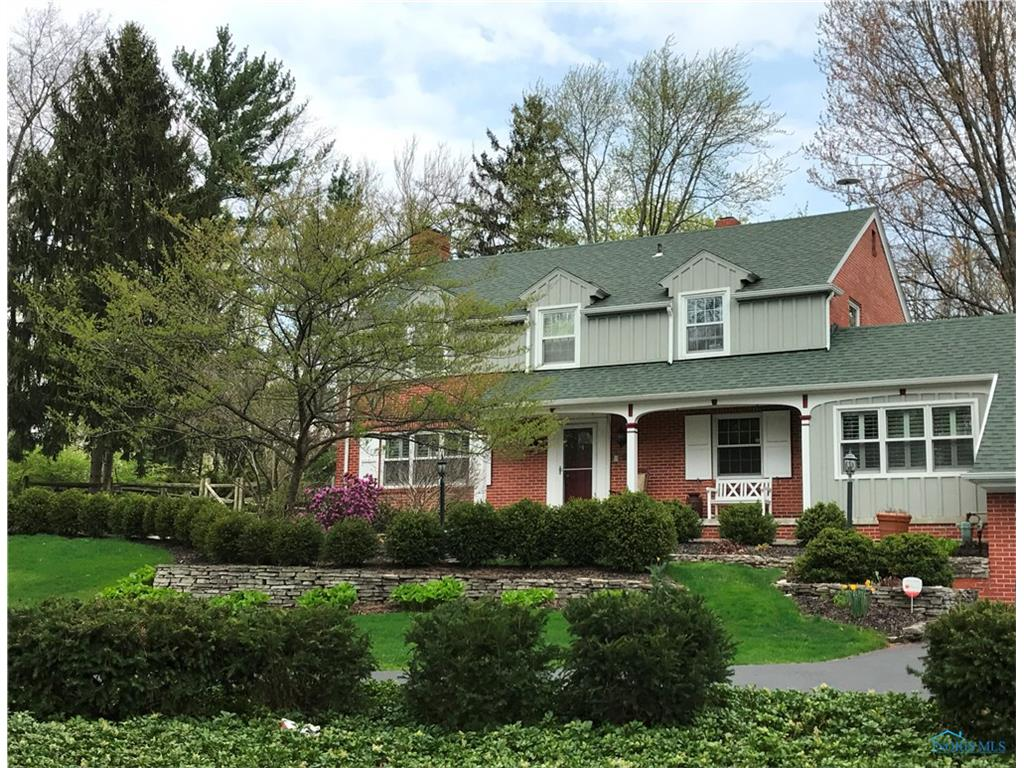 860 Pearl Street, Bowling Green, OH 43402
