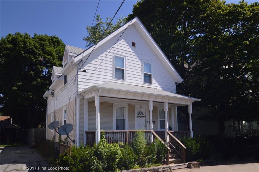 122 Hughes AV, Pawtucket, RI 02861