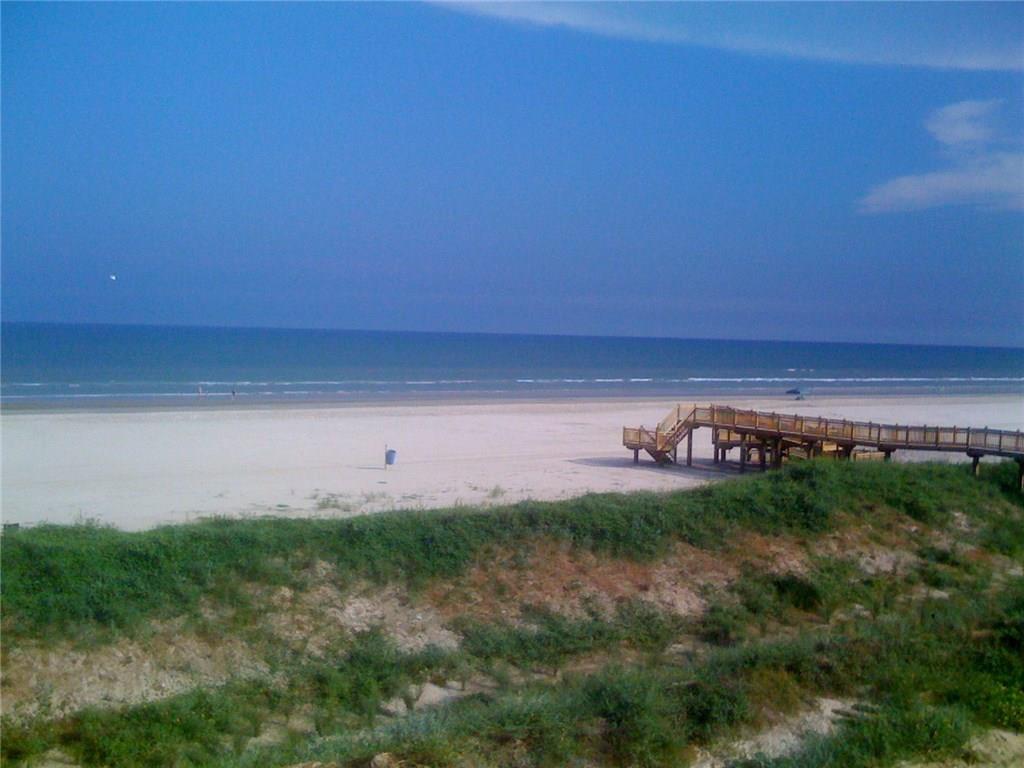 801 E Beach Drive TW1708, Galveston, TX 77550