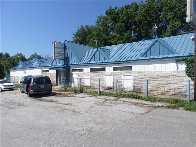 2700 Blue Ridge Boulevard, Kansas City, MO 64129