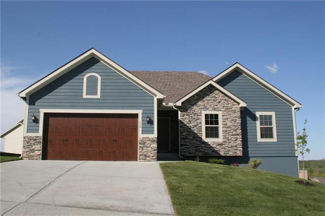 118 E Woodland Avenue, Lone Jack, MO 64070