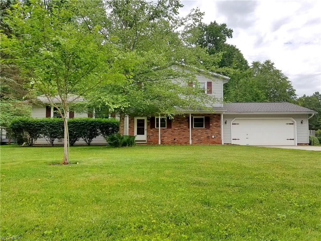 2455 Glengate Rd, Willoughby Hills, OH 44094