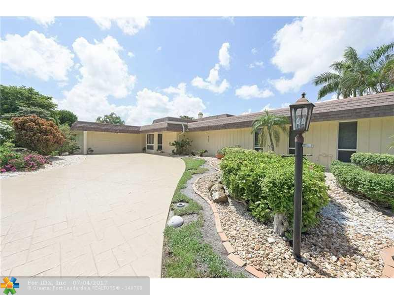 6103 Orchard Tree Ln, Tamarac, FL 33319
