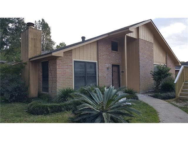 12142 CANTERBURY Drive, Baton Rouge, LA 70814