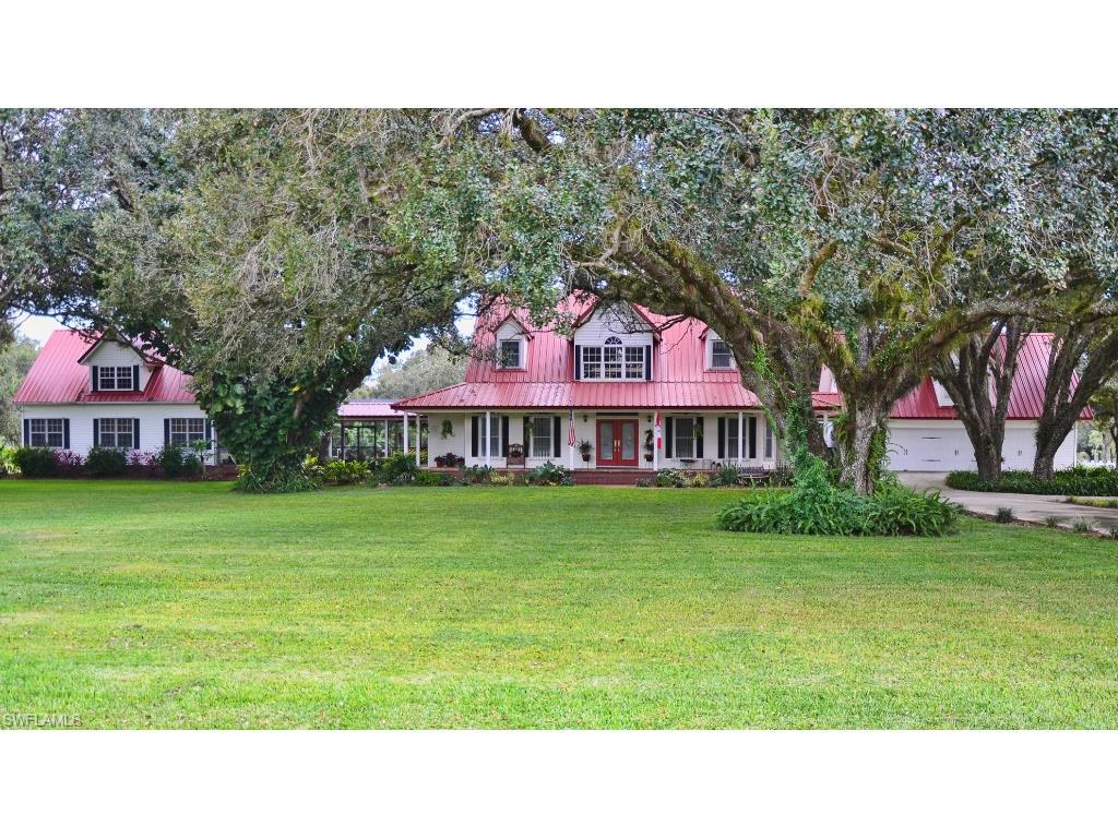 1444 E Winchester AVE, LABELLE, FL 33935