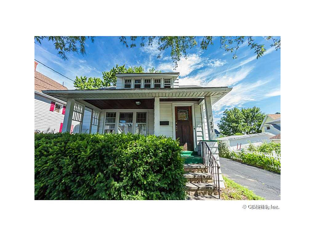 307 W Filbert Street, East Rochester, NY 14445
