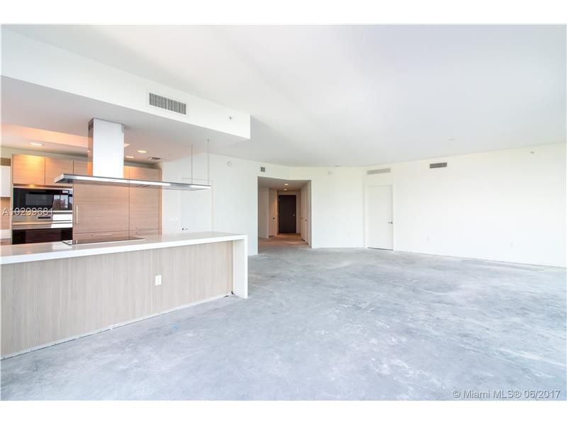 17111 Biscayne Blvd 702, North Miami Beach, FL 33160