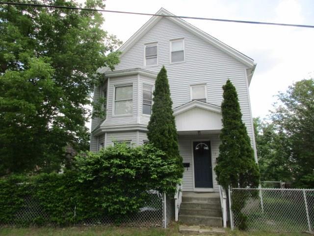 5 Shore RD, East Providence, RI 02915