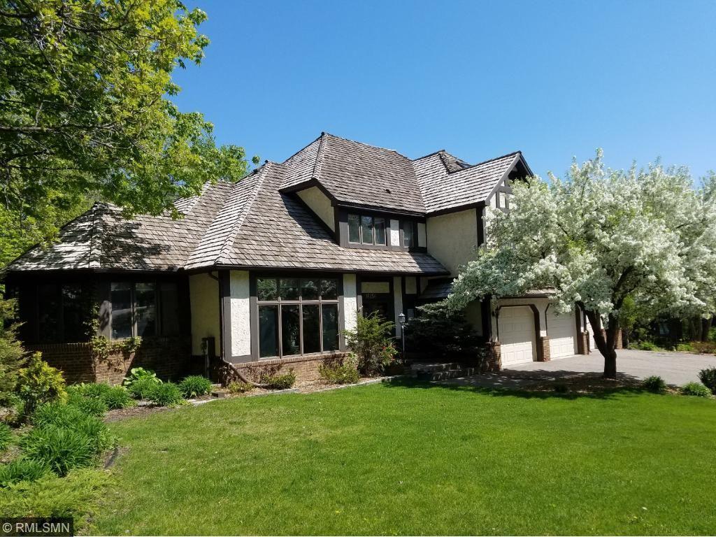 16256 Terracewood Drive, Eden Prairie, MN 55346