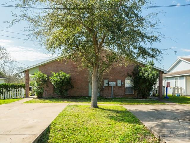 302-308 Westward Ave, La Marque, TX 77568