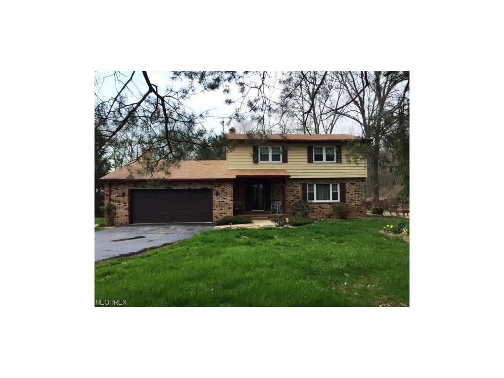 5709 Phillips Rice Rd, Cortland, OH 44410