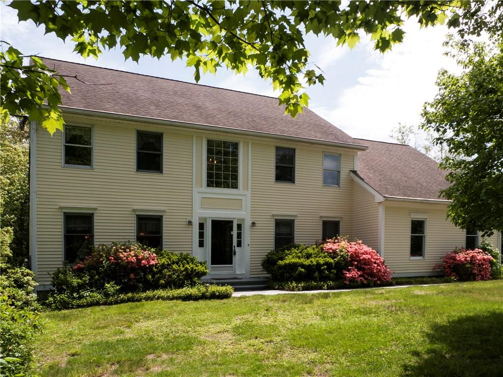 38 Carriage Drive, Bethany, CT 06524