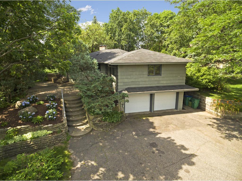 7915 Westwood Hills Road, Saint Louis Park, MN 55426