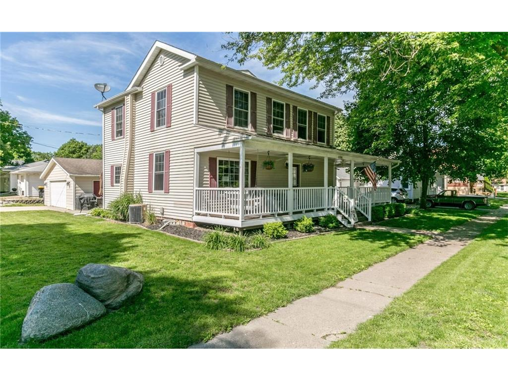 1136 Prairie Street, Adel, IA 50003