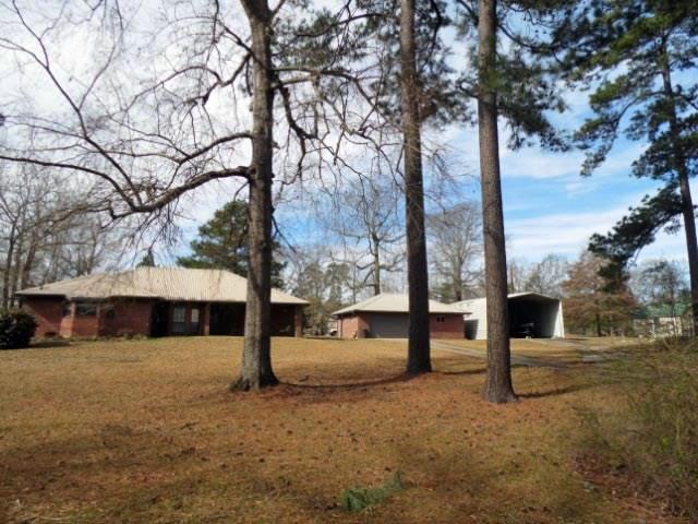 358 CR 439 E., Bronson, TX 75930