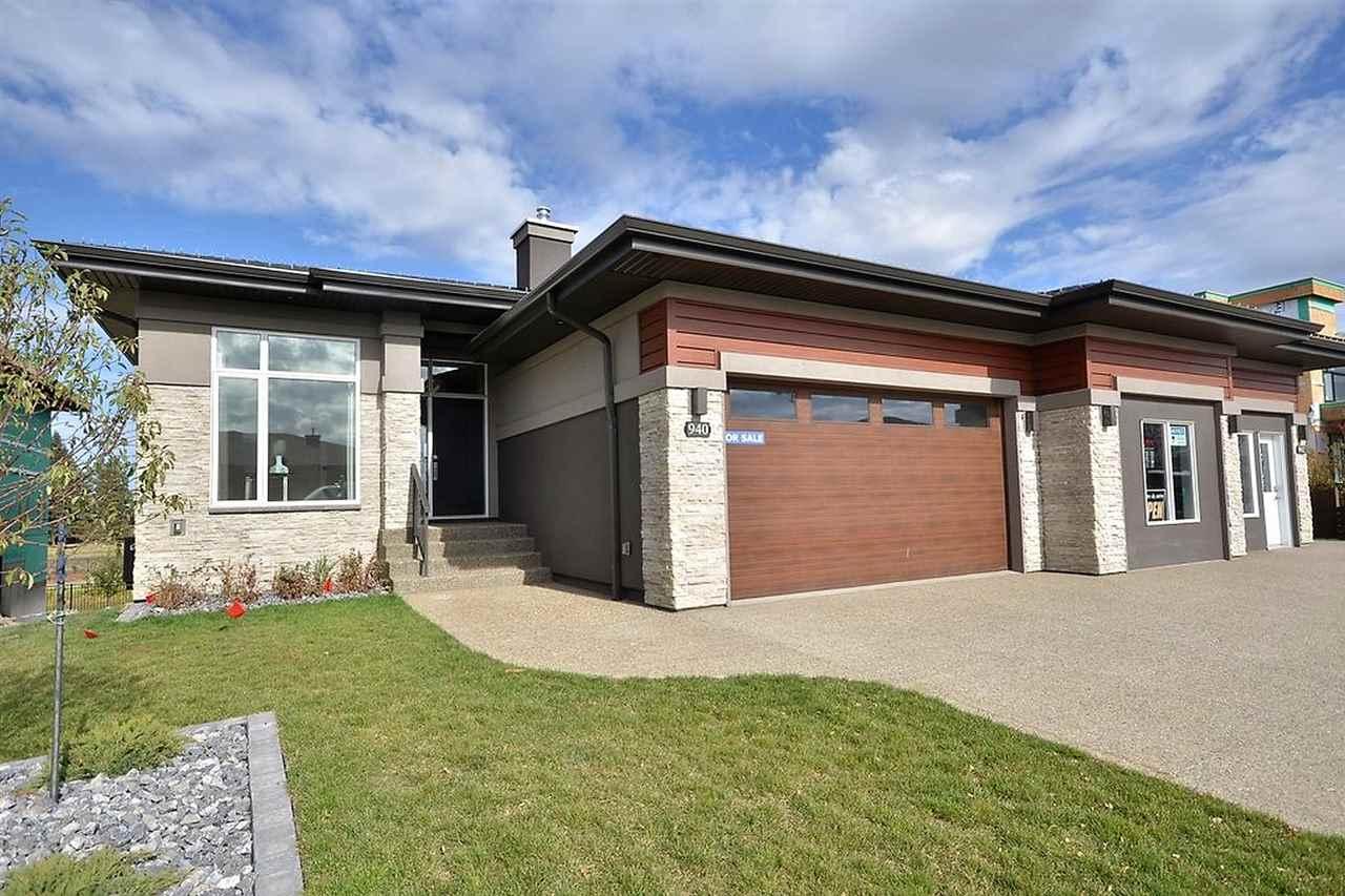 904 WOOD Place, Edmonton, AB T6W 3G8