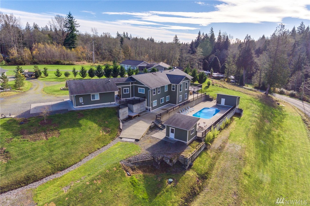 3507 Friday Creek Rd, Burlington, WA 98233