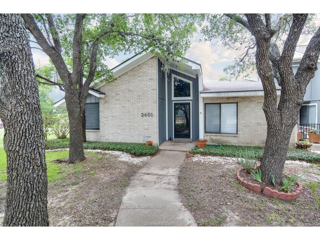 2401 Memorial Drive, Bryan, TX 77802