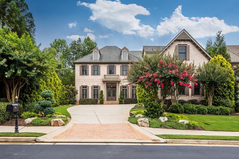 845 Glengate Place, Atlanta, GA 30328