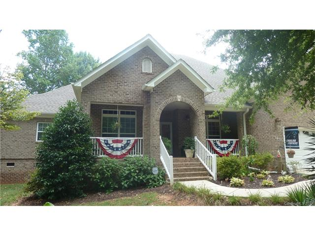 105 Mainview Drive 181-182, Mooresville, NC 28117