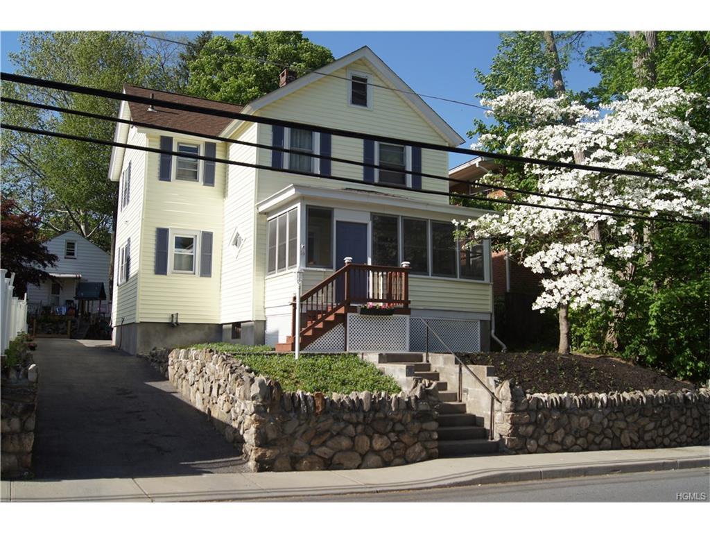 16 Walnut Avenue, Highland Falls, NY 10928
