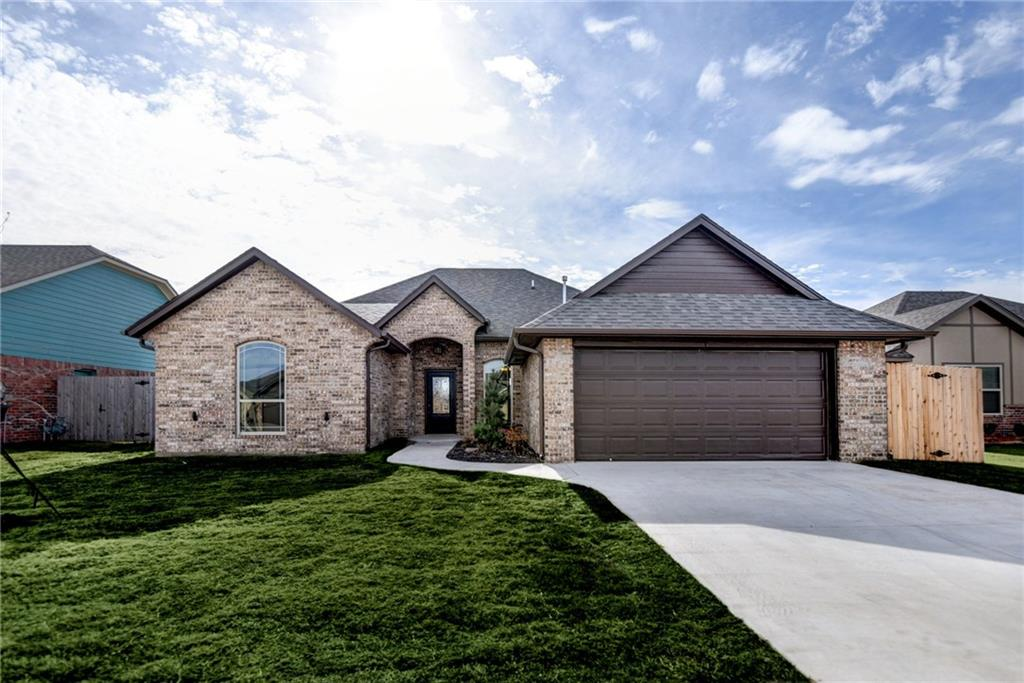 912 SW 14th Street, Moore, OK 73160