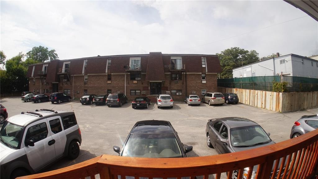 27 Gillen AV, Unit#104A, North Providence, RI 02904