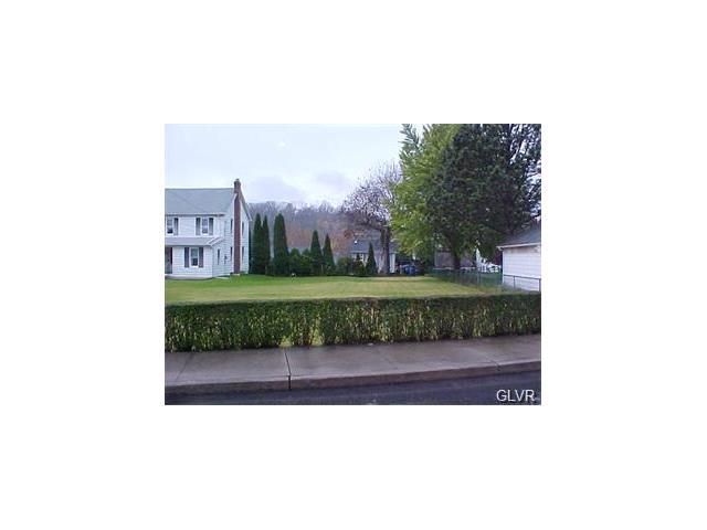 1738 Newport Avenue, Northampton Borough, PA 18067