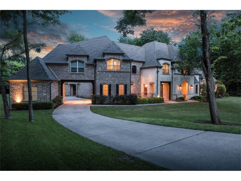 690 Maple Creek Drive, Fairview, TX 75069