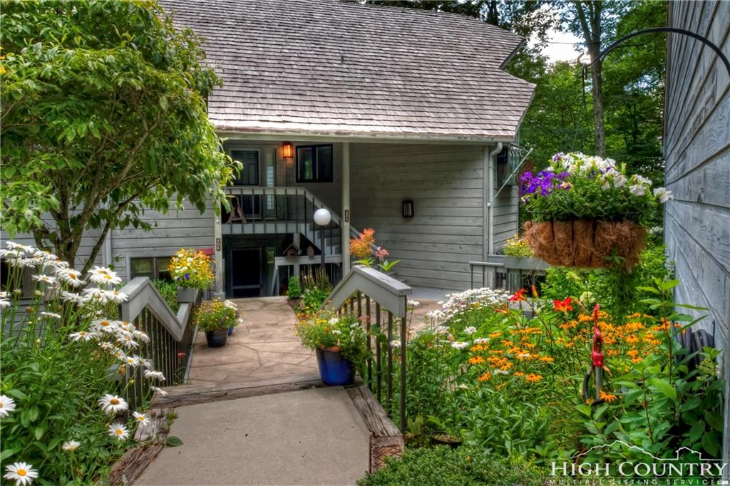 206 Grouse Moor, Linville, NC 28646