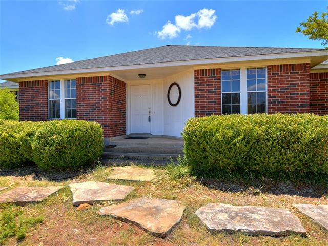 605 Carriage Oaks Dr, Liberty Hill, TX 78642
