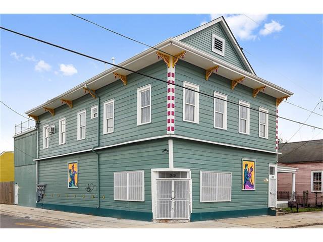 2263 URQUHART Street, New Orleans, LA 70117