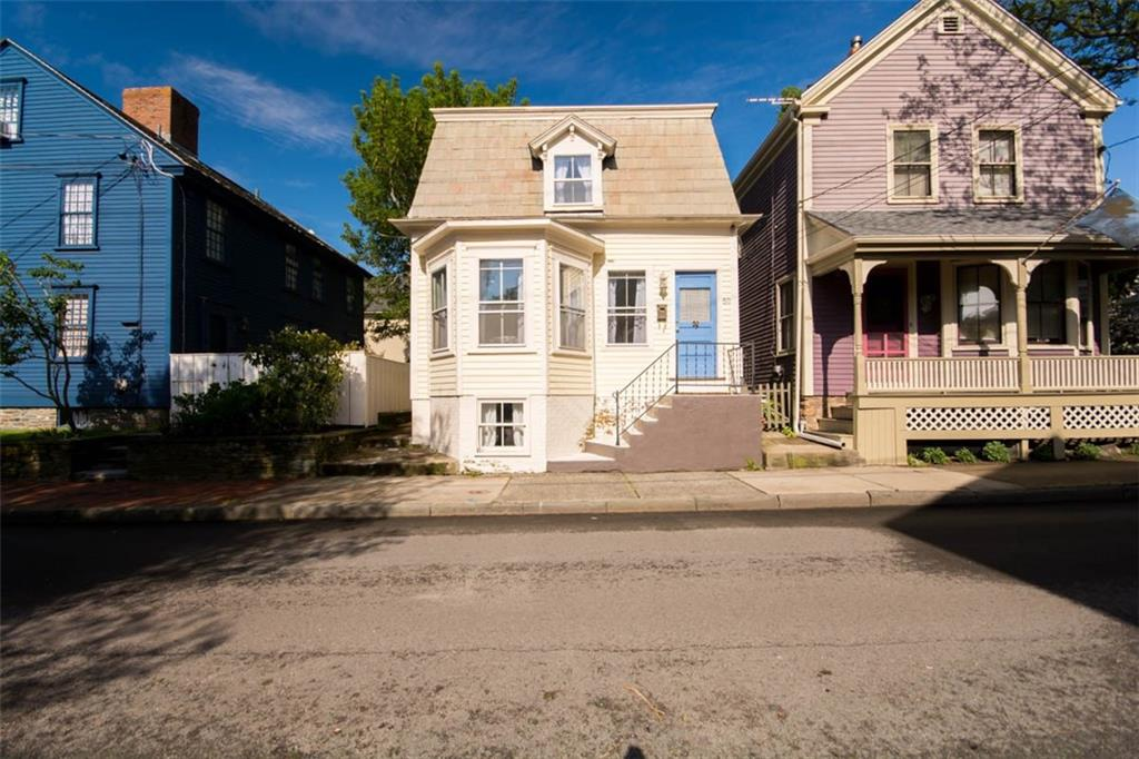 50 Third ST, Newport, RI 02840