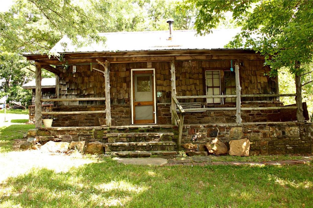 16071 S Whitehouse RD, Fayetteville, AR 72701