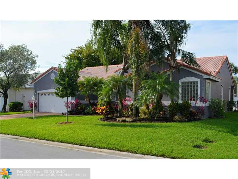 9208 NW 41st Mnr, Coral Springs, FL 33065