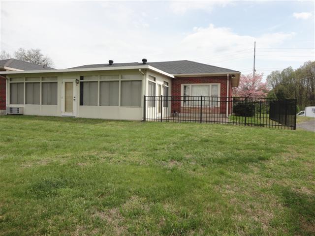 1102 Robinson, Old Hickory, TN 37138