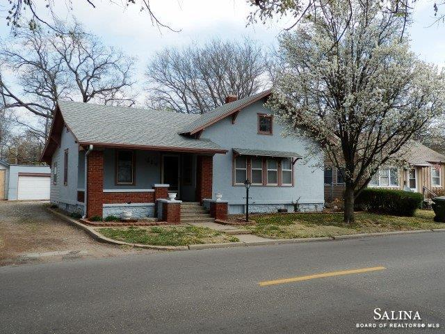 114 W Republic Avenue, Salina, KS 67401