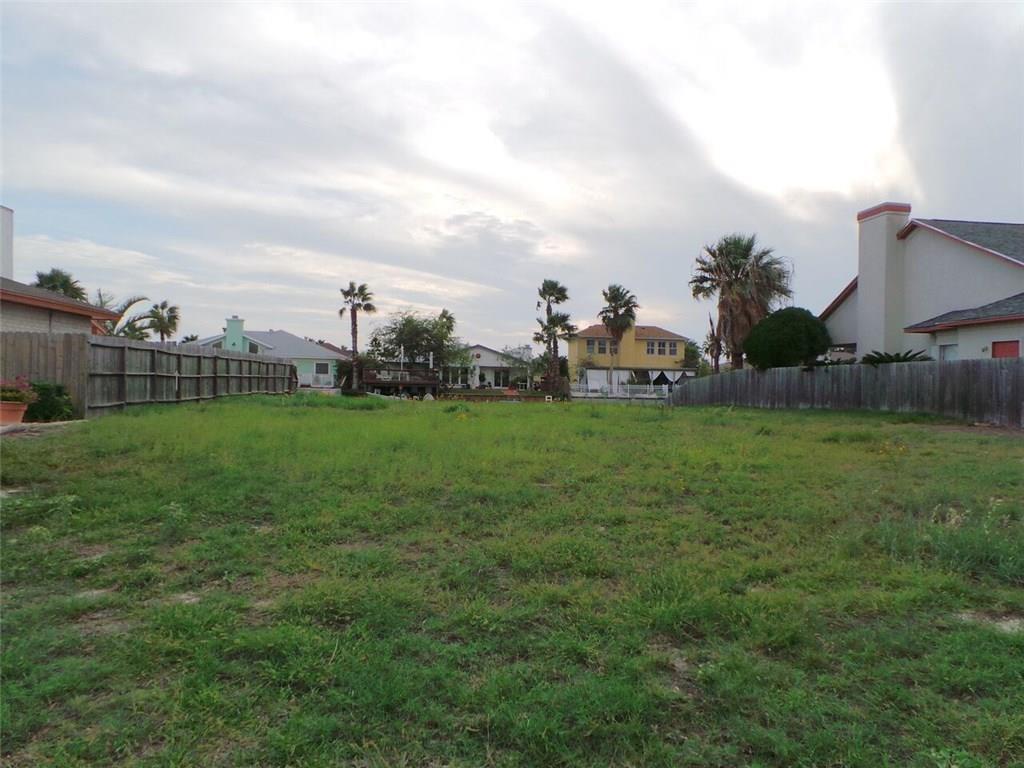 13833 GUNWALE Dr, Corpus Christi, TX 78418