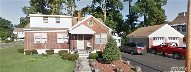 268 11th, Out Of Area Town, NY 12306