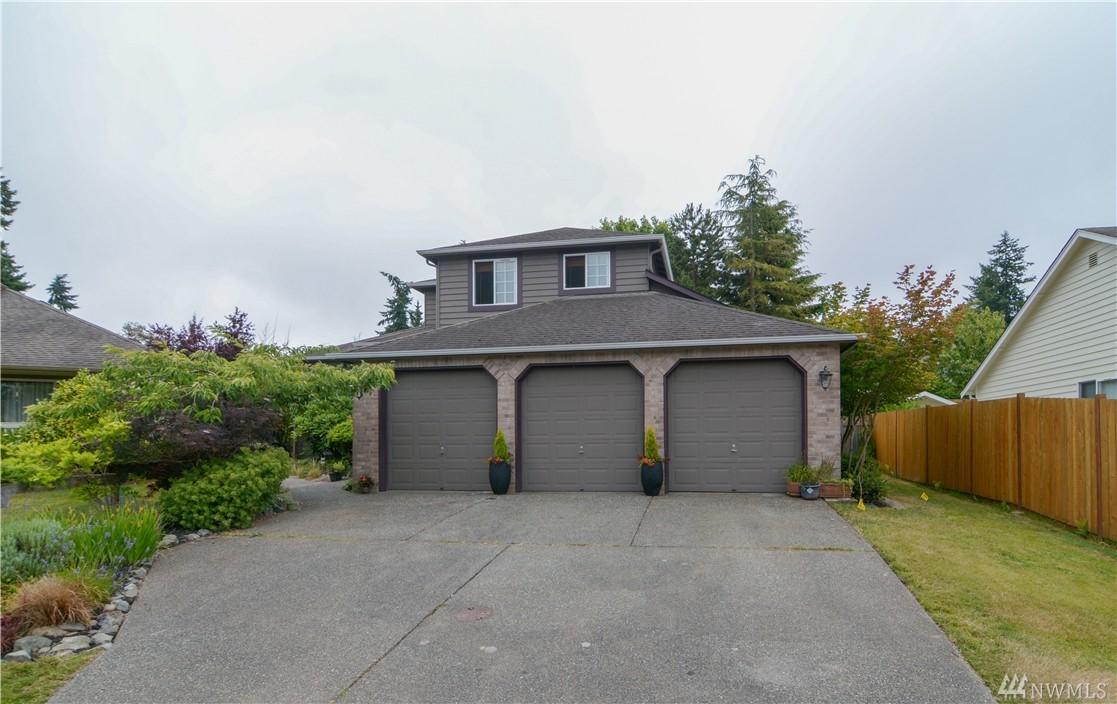 122 Forest Ct, Everett, WA 98203