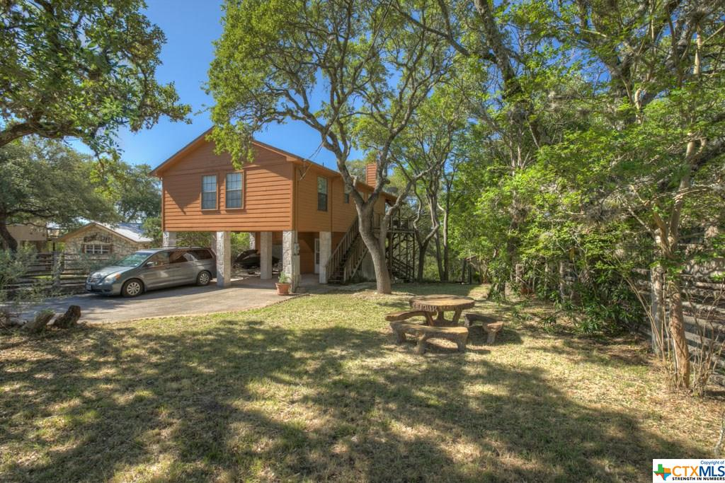 1154 Stagecoach Drive, Canyon Lake, TX 78133