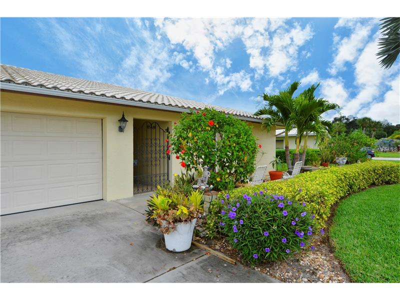 3761 HAMPSHIRE LANE 5705, SARASOTA, FL 34232